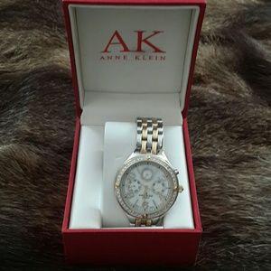 Anne Klein women's watch  new no tags